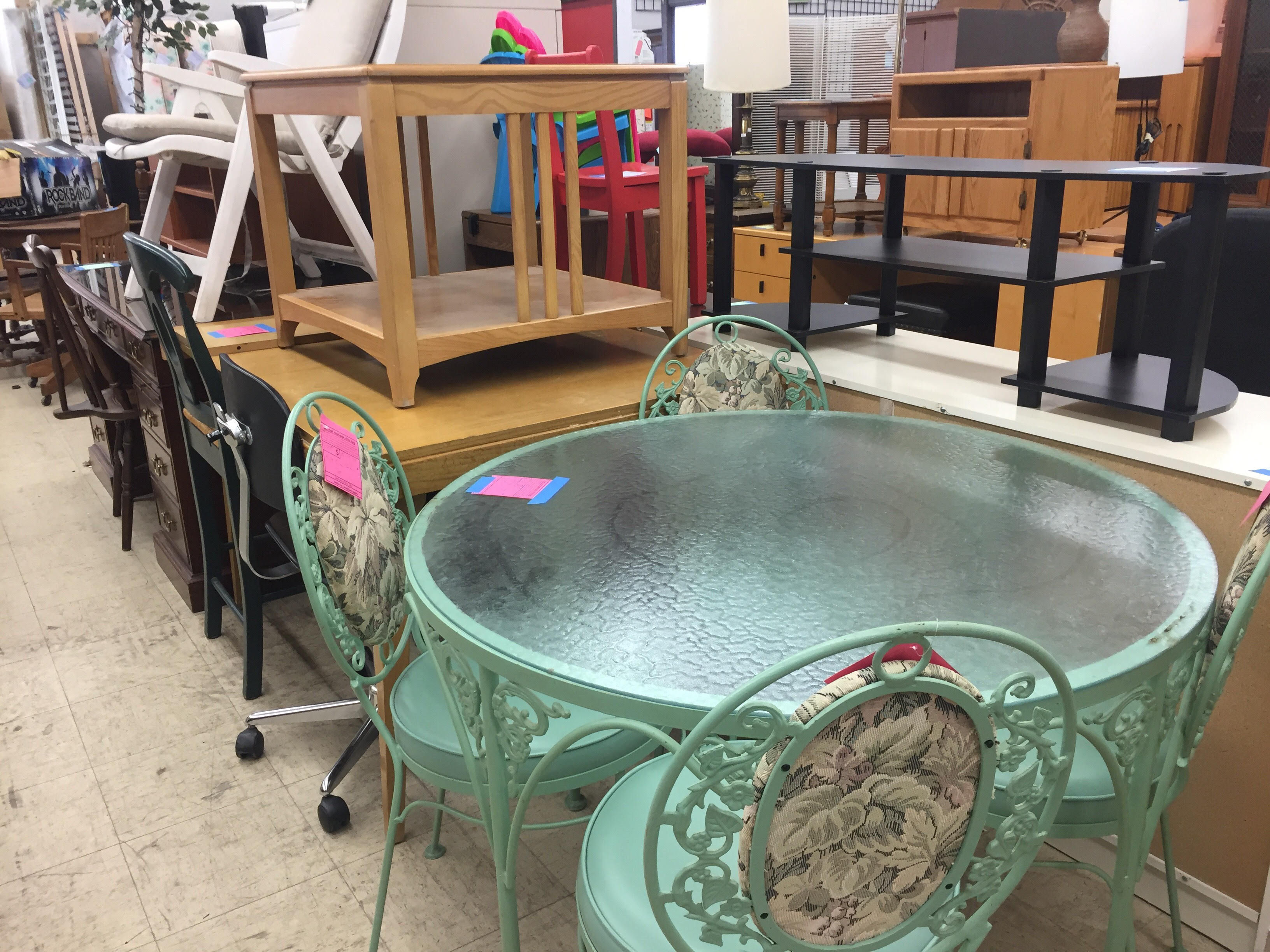 The Ann Arbor Pto Thrift Is Your Source For Unique Gently Used Treasures Where All Profits Benefit Public Schools And Its Students